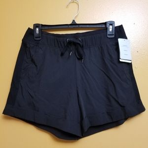 🏃‍♀️NWT! C9 duo dry shorts